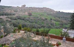 vue panoramique sur les ruines de Dougga