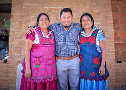 Gabriel with friends, Macrina and Elia, from San Marcos Tlapazola