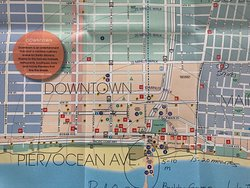 20 minute walk to the Santa Monica Pier, hotel is circled on the upper right side