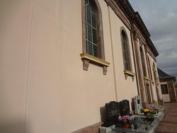 Burnhaupt-le-Bas, Eglise St Pierre et St Paul (façade de côté)