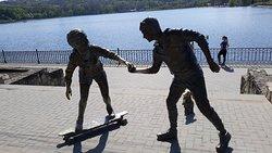 Sculpture of Skateboarders