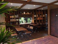 ブルーベリー農園併設の直営ショップ内部カフェコーナー