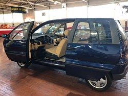 French minivan with sliding FRONT and REAR doors!