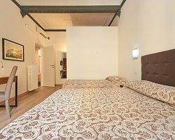 Camera Deluxe completamente rinnovata con tutti i comforts e bagno privato in camera...