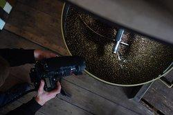 Coffee roasting meets photography.