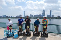 #Summer#Vacationis coming!😃Gather your#friends&#familyfor good times at#Boston#Segway#Tours😎www.bostonsegwaytours.net