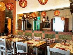 La Magrana Cafe-Bistro