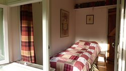 Dipper single bedroom