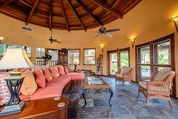 Seascape Villas 5 (Villa Descanso) Living Room.
