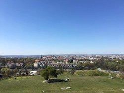 Przepiękne widoki i chwile, jeśli będziecie w Krakowie, mega polecam, ponieważ droga jest bardzo malownicza (od strony Bonarki). Polecam 🔥