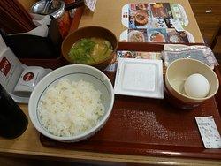 300円の納豆朝定食