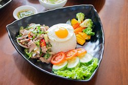 Vietnamese Set Menu 99k