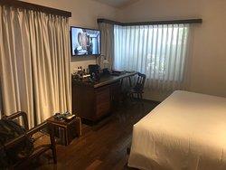 Beautiful hotel, great service!