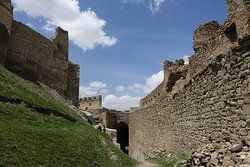 Hosap Castle (Hosap Kalesi)