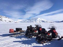 utsikt från vår skotertur med Svalbard adventures!