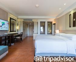 The Premier Lagoon View at the Phuket Marriott Resort & Spa, Merlin Beach