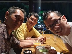 Good time at Starbucks with Green Tea late with additional Soya.  Smoking area at here. And cake packets at the night with sesame chicken and mango Tea.  With MR Tjing HAN Ren and Jairus Robert Solehan.   WiFi ok.