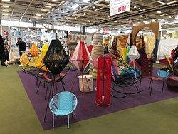 Ameublement et décorations en fil au au Pavillon 4 à la Foire de Paris