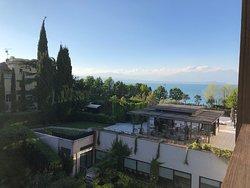 Schönes Business- und Urlaubs-Hotel mit guter Lage - erfüllt sehr gut den Standard