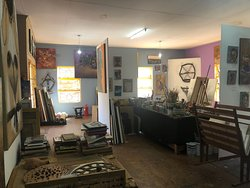 Wayiwayi Art Studio and Gallery