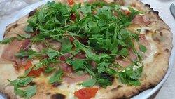 Pizza nella media