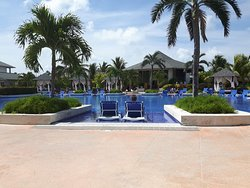 The staff make this resort !!!