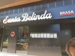 Buen restaurante y el postre de piña, DIVINO.