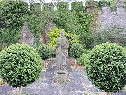 The gardens of Thornbury Castle
