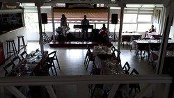 L'orchestre du dimanche pour une ambiance locale