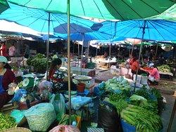 Phosi Market