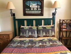 Scenic Wonders - Yosemite Crossing - bedroom 2 (bed)