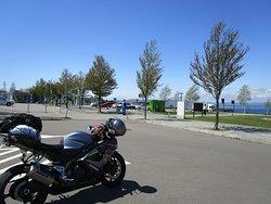 国道からの駐車場