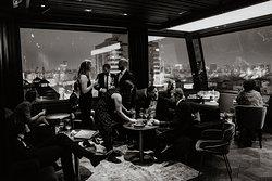 11 Mirrors Rooftop Restaurant & Bar