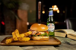 Beer & Burger at Alma de Cuba