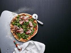 Classic Pizza Levi