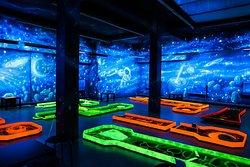 Cosmic Minigolf Pub