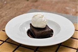 Lip smacking Chocolate Brownie with vanilla ice cream