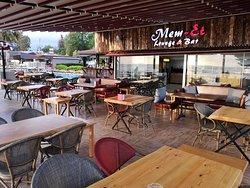 Mem-et Lounge Bar & Restaurant