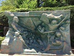 Heiwa no Boshi Statue