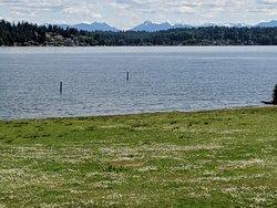 Cascade Mountains seen across Lake Washington.