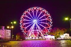 Ferris Wheel Sky 33