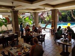 Tegal Sari Restaurant serves breakfast, lunch and dinner.