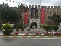 Okuz Mehmet Pasa Kervansarayı