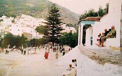 Plaza Outa el Hammam 1996