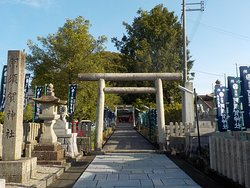The pathway into the shrine