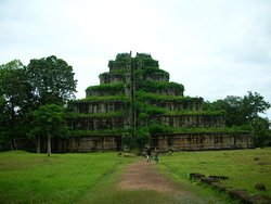 Visit Koh Ker or Pyramid temple