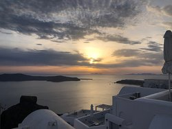 Best location in all of Santorini, Olympia is the best host