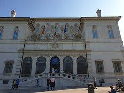 se si viene a Roma d'obbligo venire a lla galleria Borghese