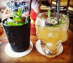 Sunshine cocktails bar