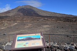 One of the stopping points to view the volcanic landscape